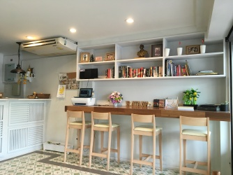 Ratana Boutique Hostel