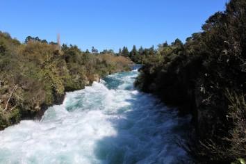 Huka Falls (2)