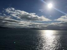 Blick von der Fähre auf die Nordinsel, NZ