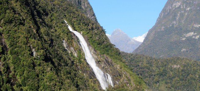 Wasserfall in Milford Sound