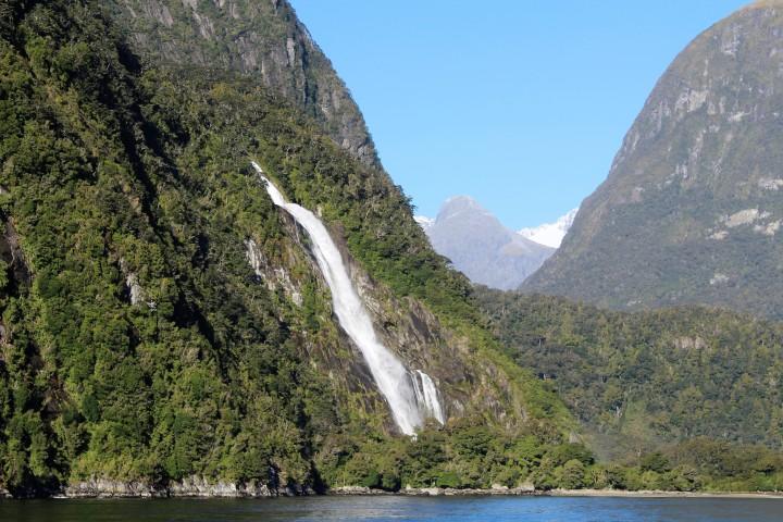 Wasserfall in Milford Sound